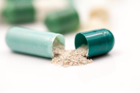 Prikaz tablete kot zagotavljanje sledljivosti surovin v proizvodnem procesu